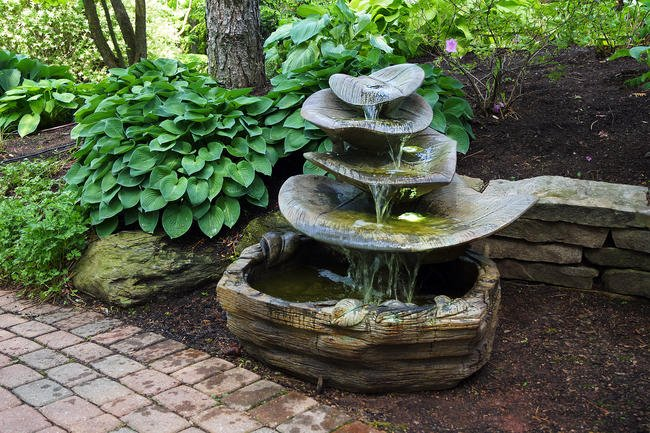 Sarasota Outdoor Fountains, Giant Leaf Henri Studio Fountains, Garden Fountains, Giant Leaf Fountain, Gulf Gate South Sarasota Fountains